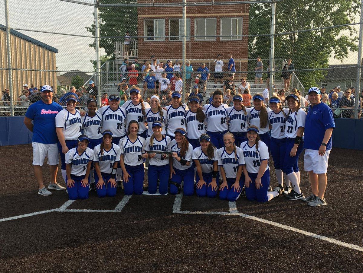 Softball Regional Champions